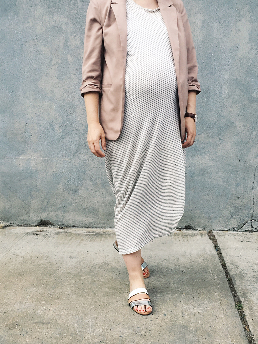maternity maxi dress style