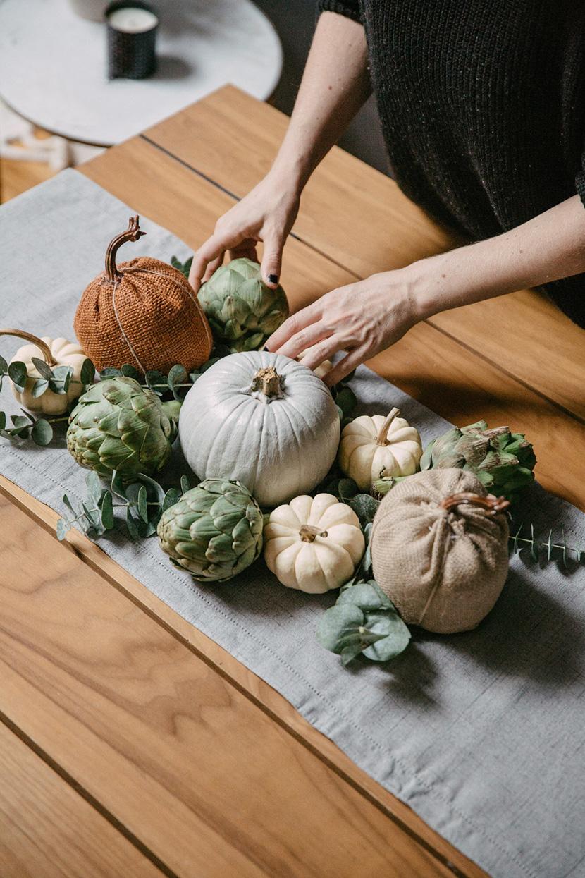 easy thanksgiving table decor