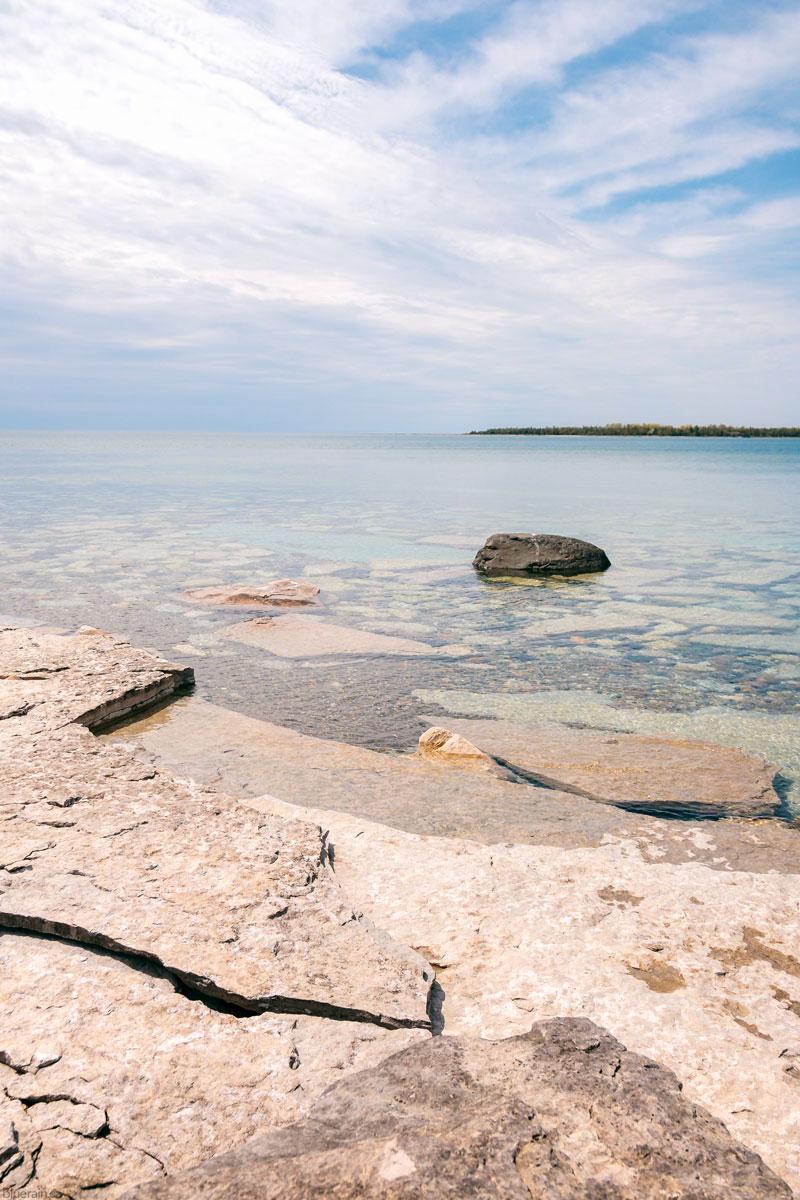 manitoulin-island-ontario-canada-lake-huron-providence-bay-rocky-shore-water