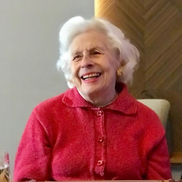 Looking fabulous today on her 97th birthday. Born in the twenties still roaring in her nineties! Go Mom! . . . . . #designinspiration #mother #nineties #beauty #motherofseven  #luckyus #anncsnyder #mrsbutterworthqvc