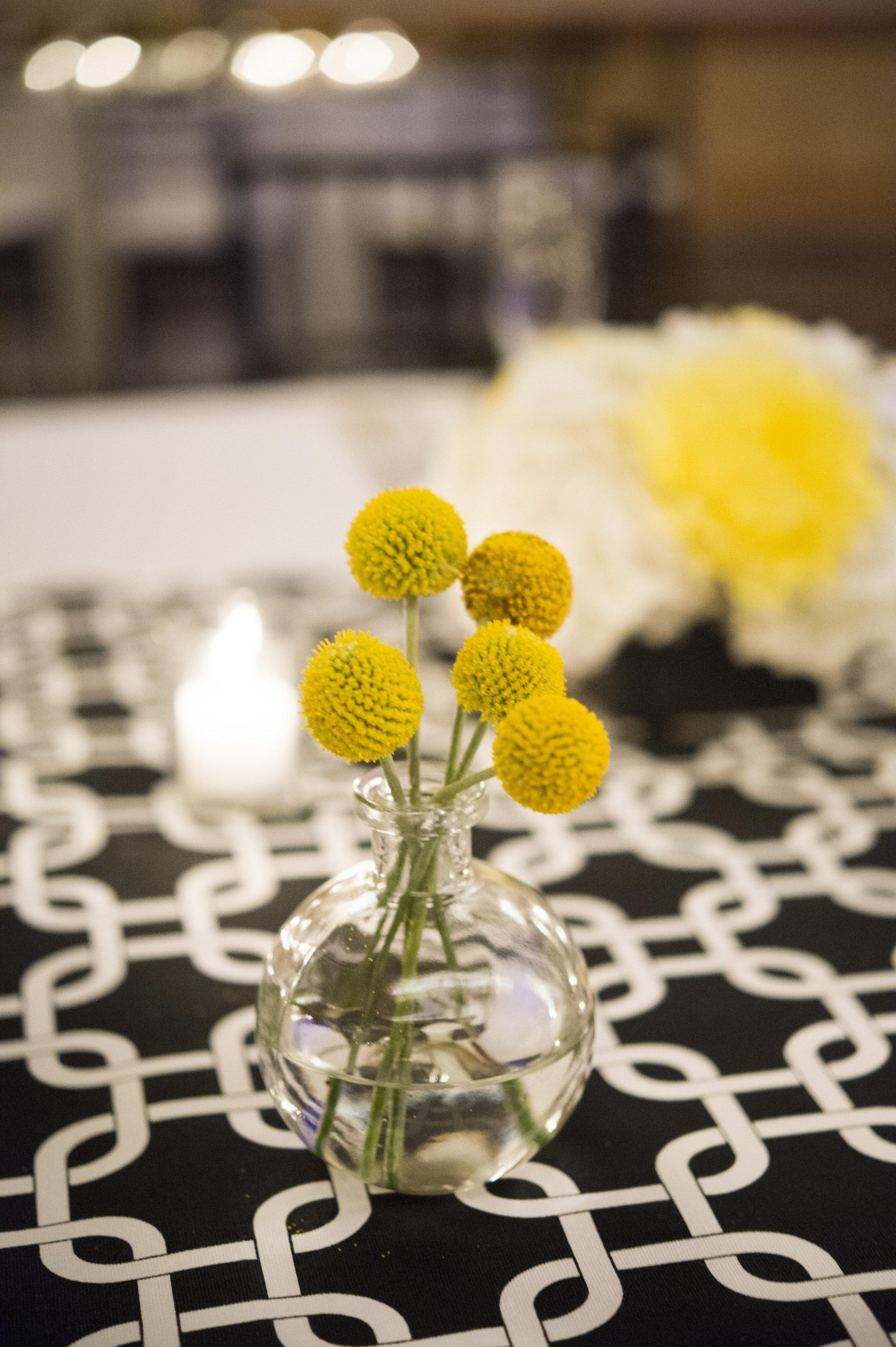 Alvin Cecille-Floral Details for Della-0029.jpg