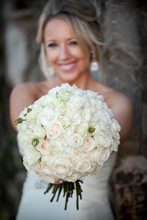 white-bridal-bouquet2.jpg