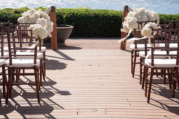 white-wedding-flowers1.jpg