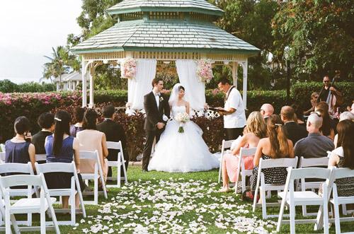 maui-wedding-sara-rocky-photography-sweet-pea-events-14.jpeg