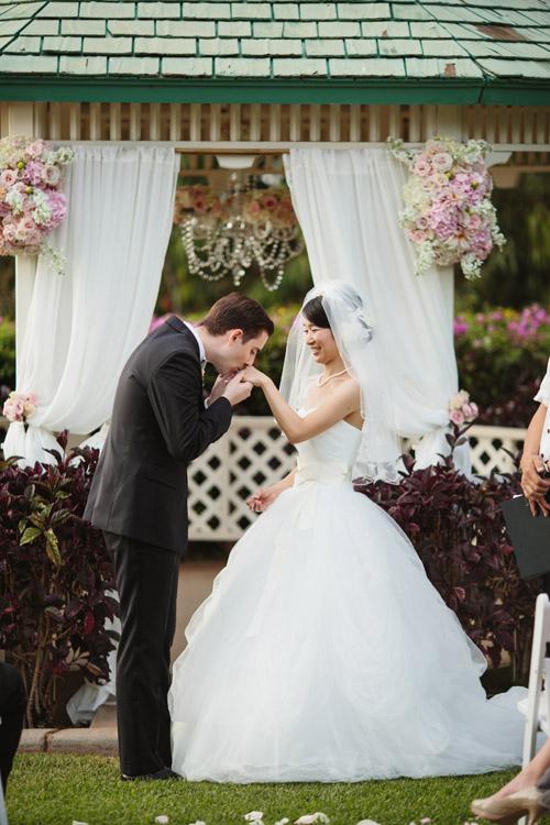 maui-wedding-sara-rocky-photography-sweet-pea-events-18 (1).jpeg