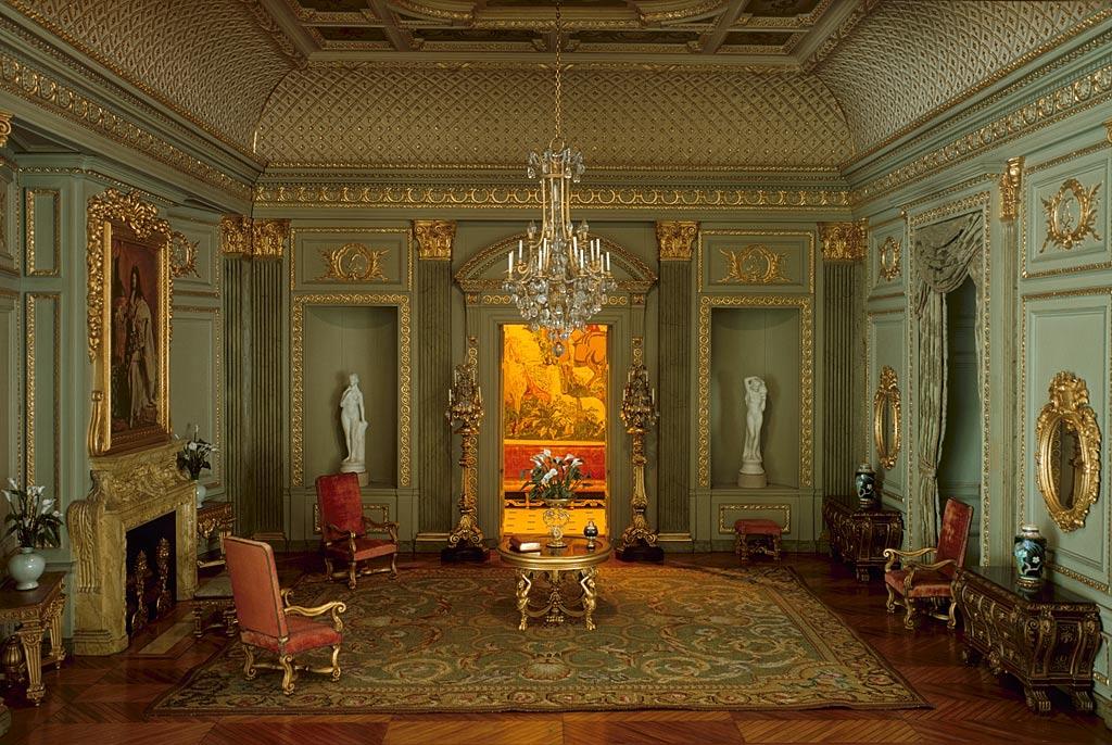 17th Century Paris Salon.jpg