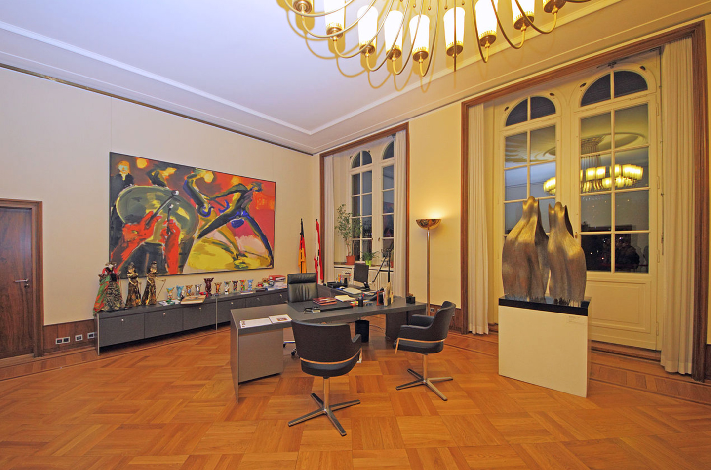 The new style: mayor's office in the  Rotes Rathaus