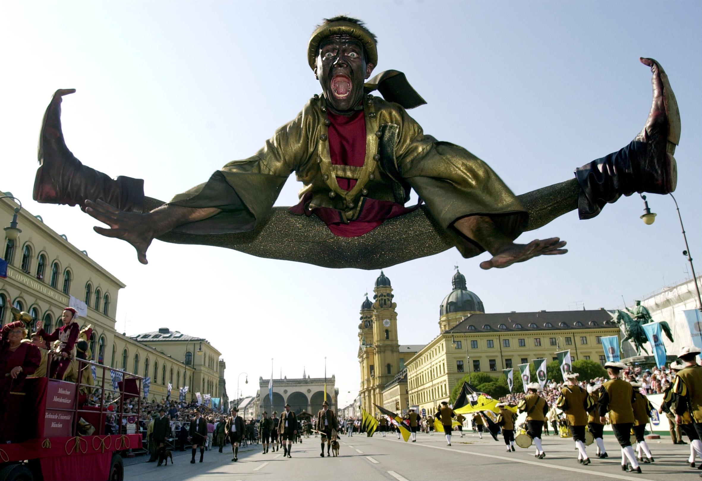 Morris Dancer in Munich Today ( The Munich Morisken Dancers photo)