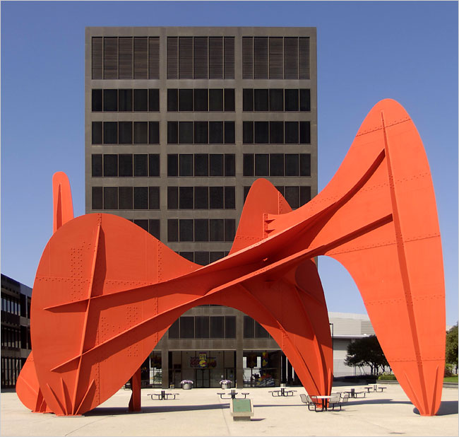 New Grand Rapids city hall with Alexander Calder sculpture