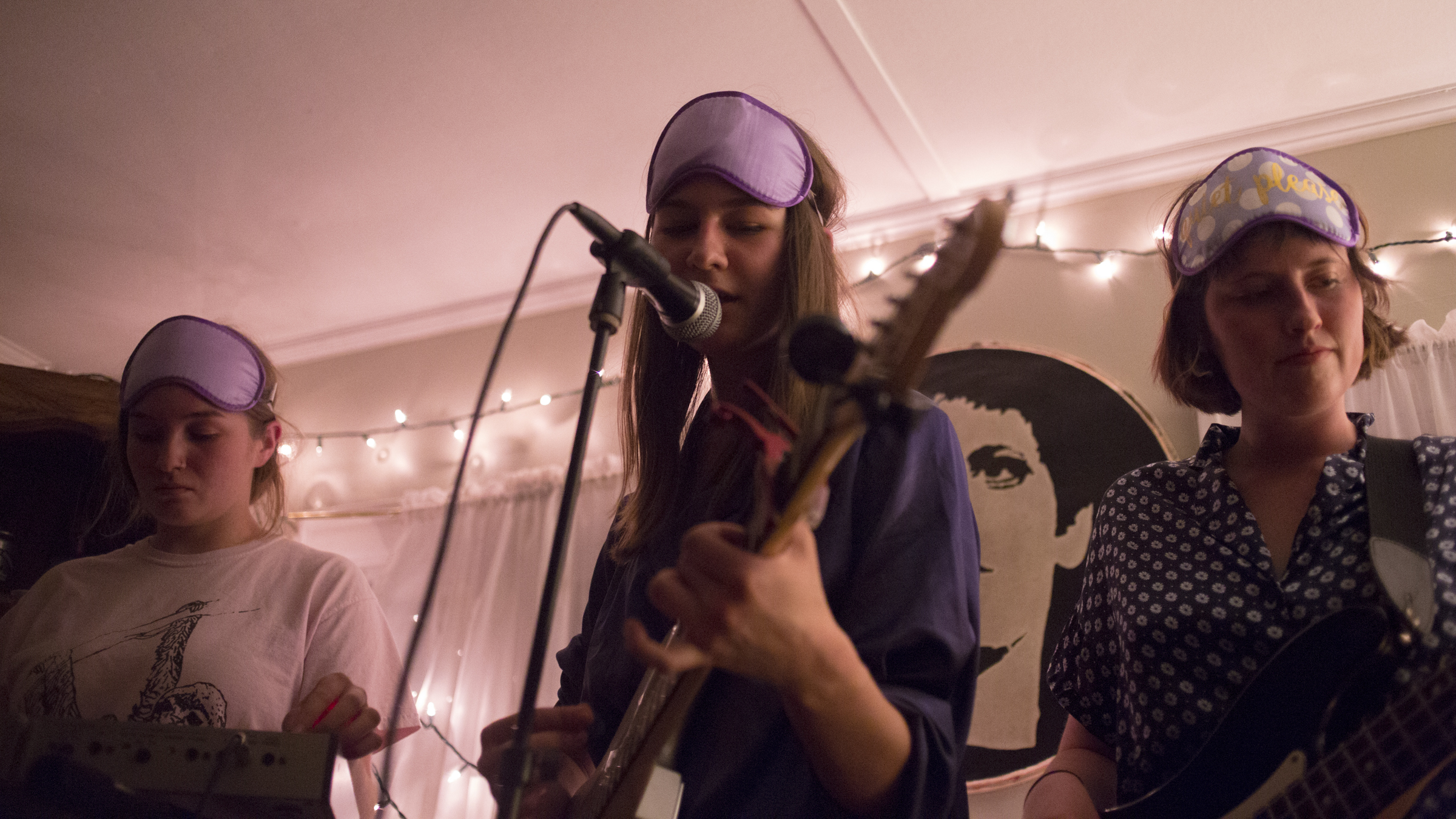 Slumbers live at Tweehouse. 2016.