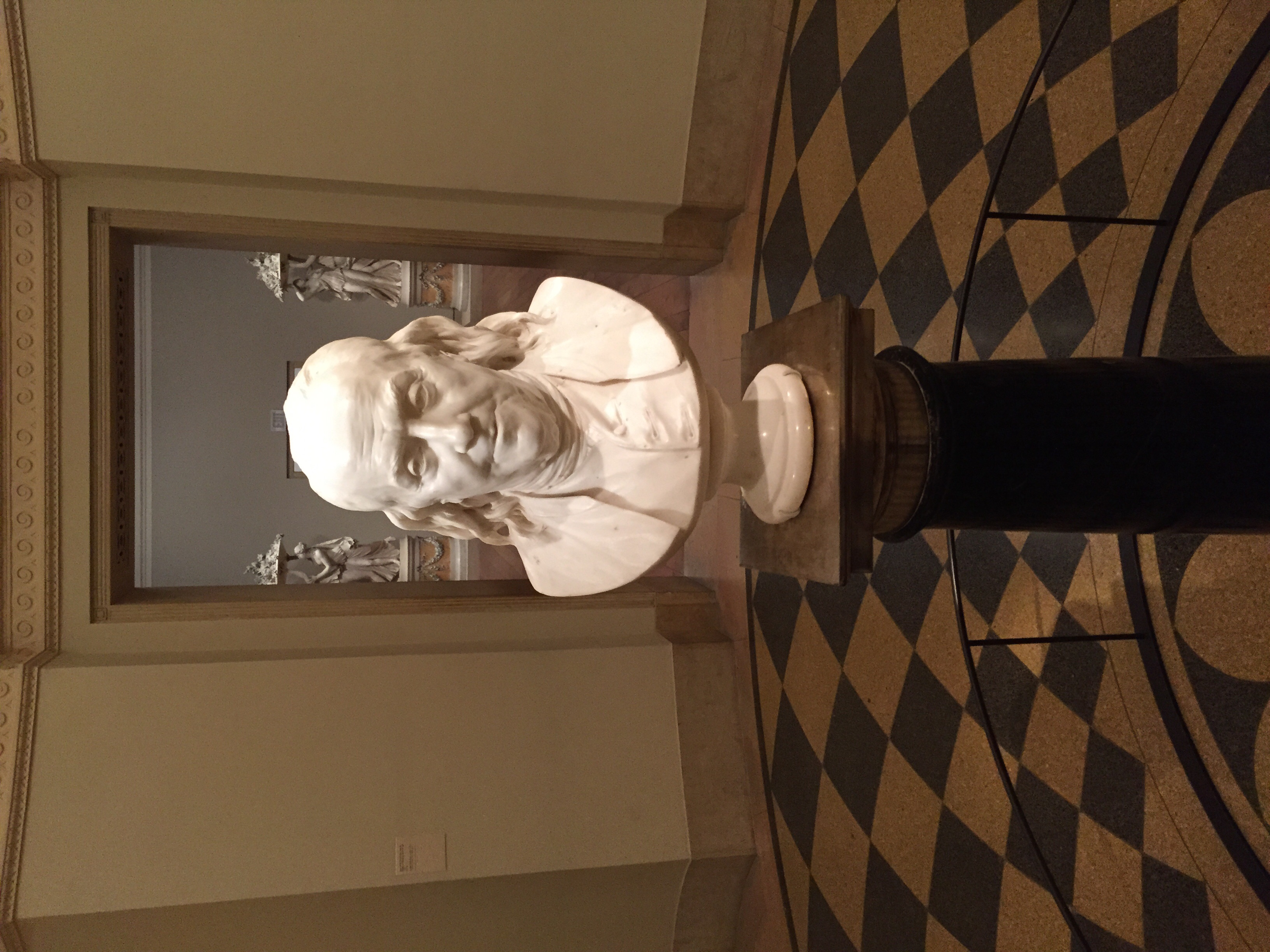 Bust of Benjamin Franklin at the Museum of Art