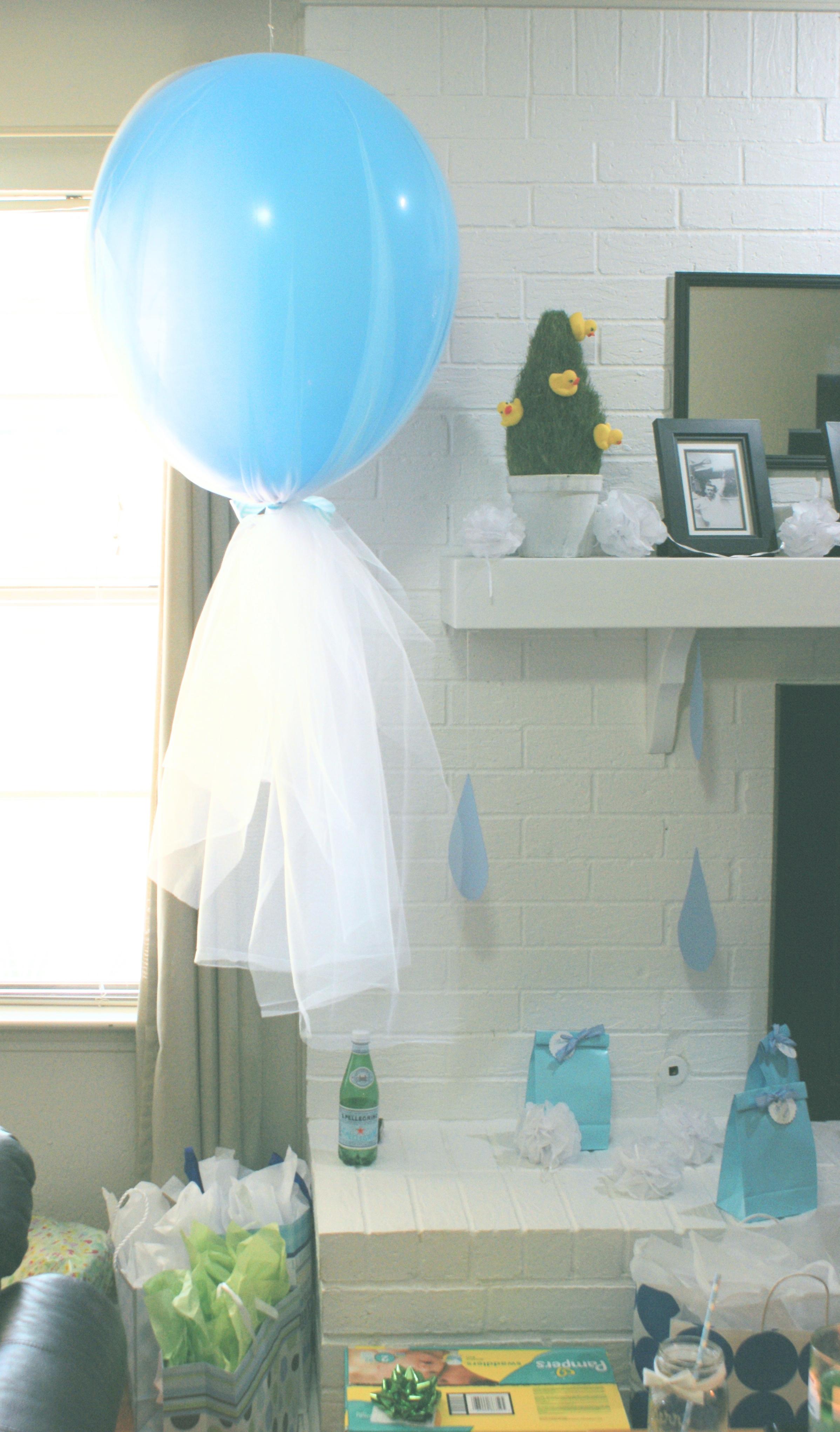 giant balloon in tulle