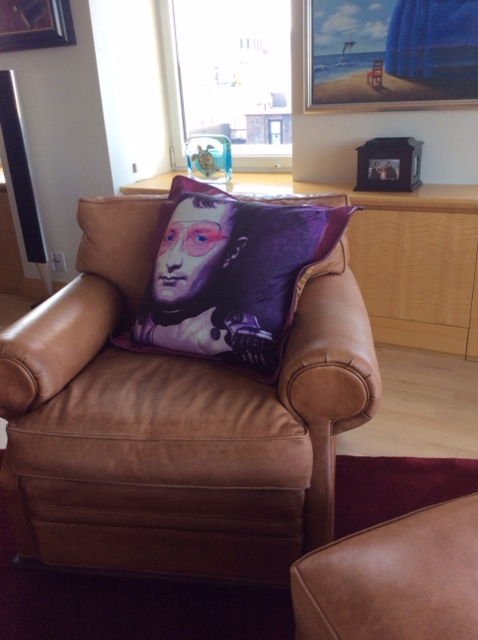 a New York Cityfan sharing a picture of the pillow she bought