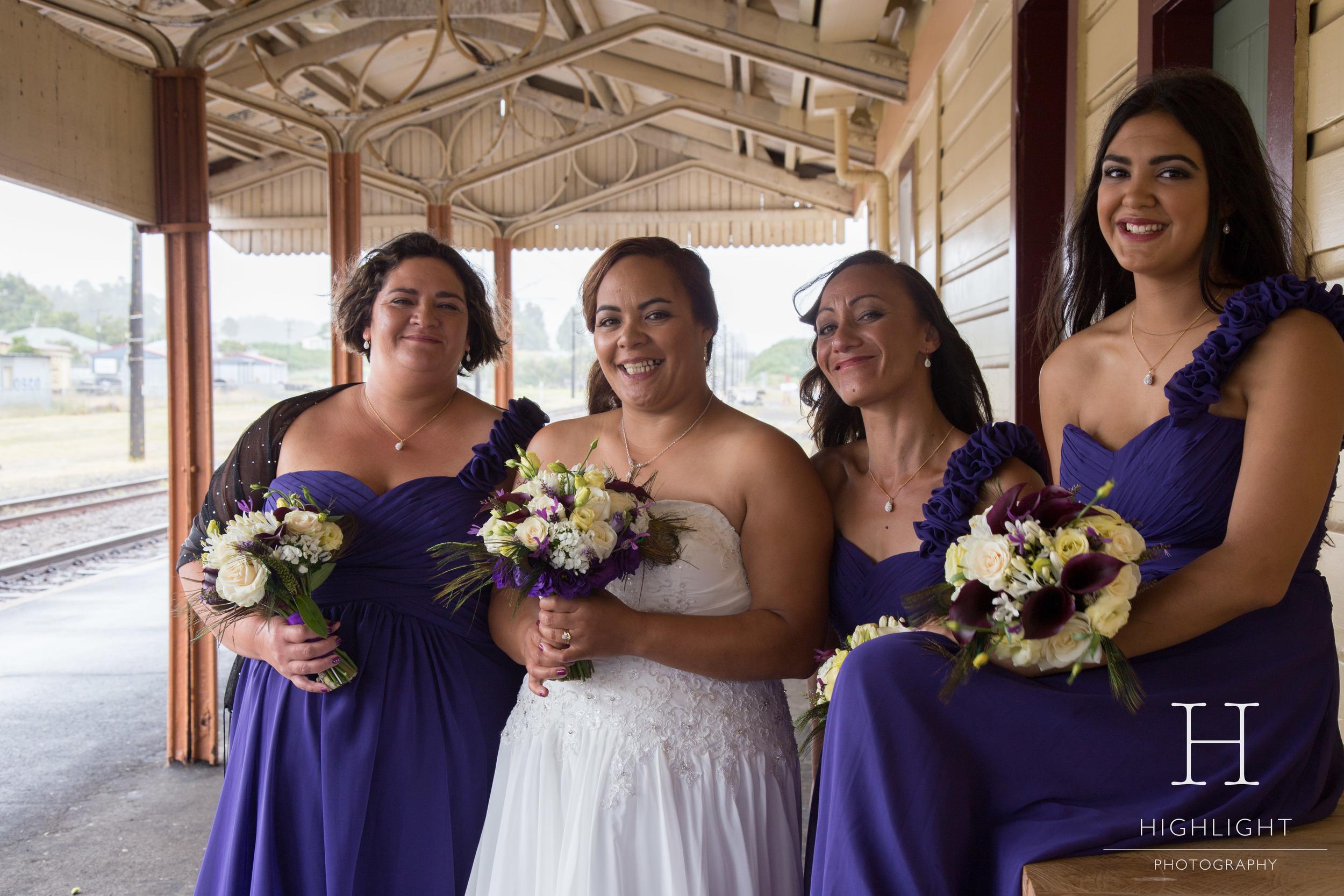 leeanneandlance_station_bridesmaids.jpg
