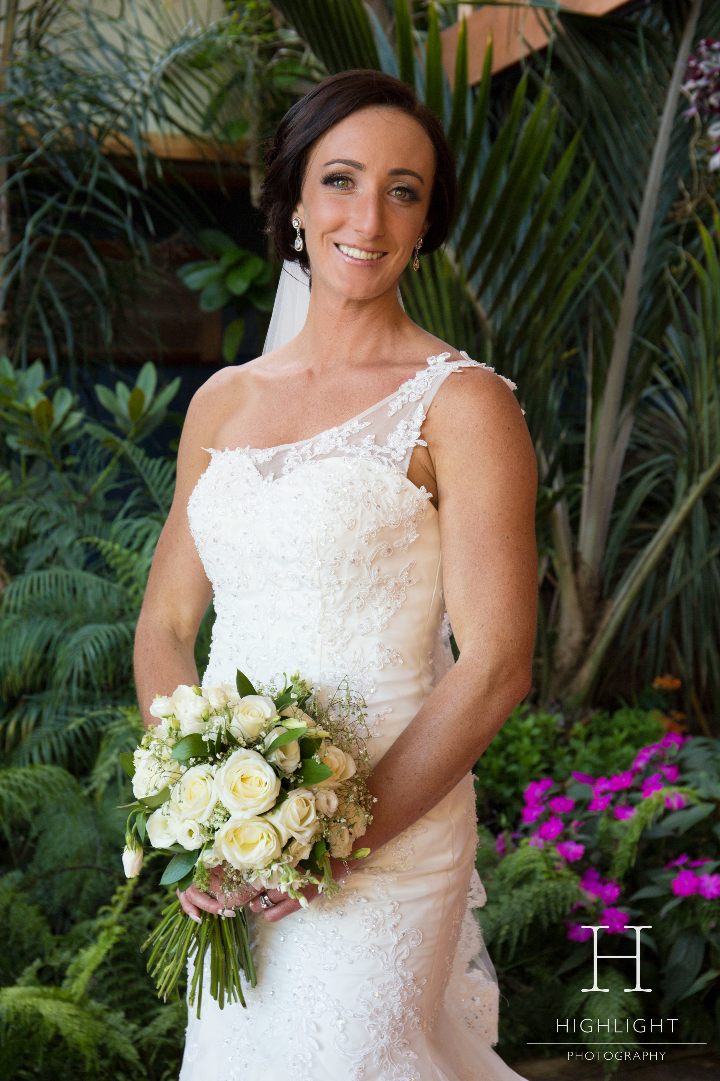 highlight_kc_bride_garden_wellington.jpg