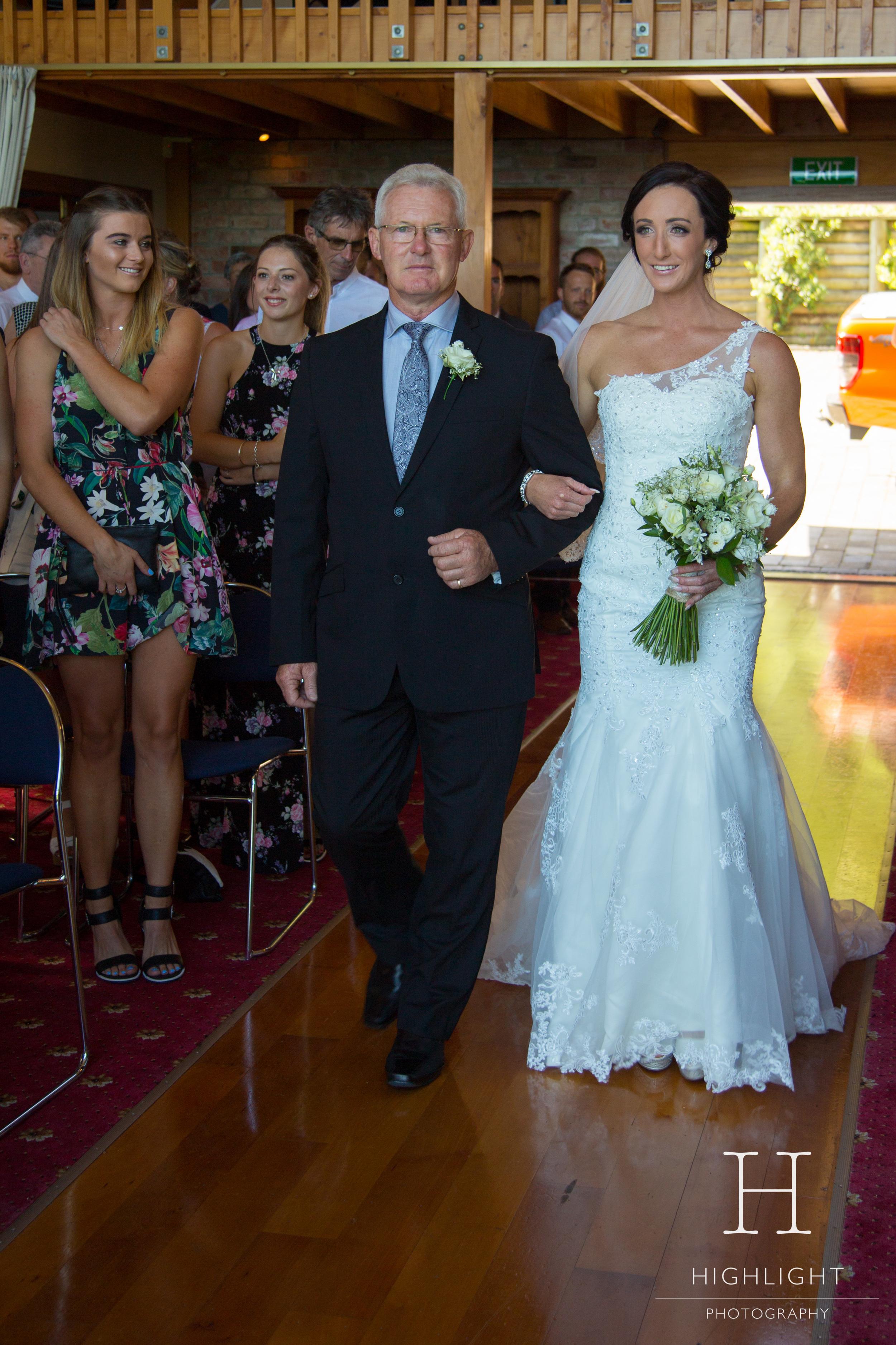 highlight_photography_wedding_new_zealand_aisle.jpg