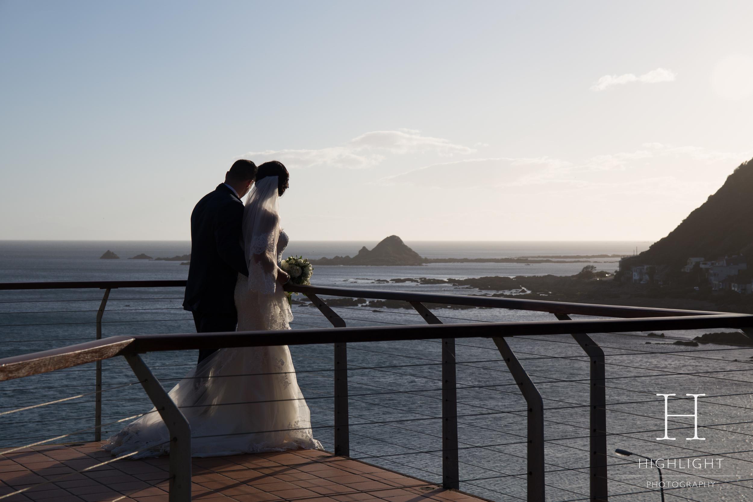 highlight_photography_wedding_new_zealand_balcony.jpg