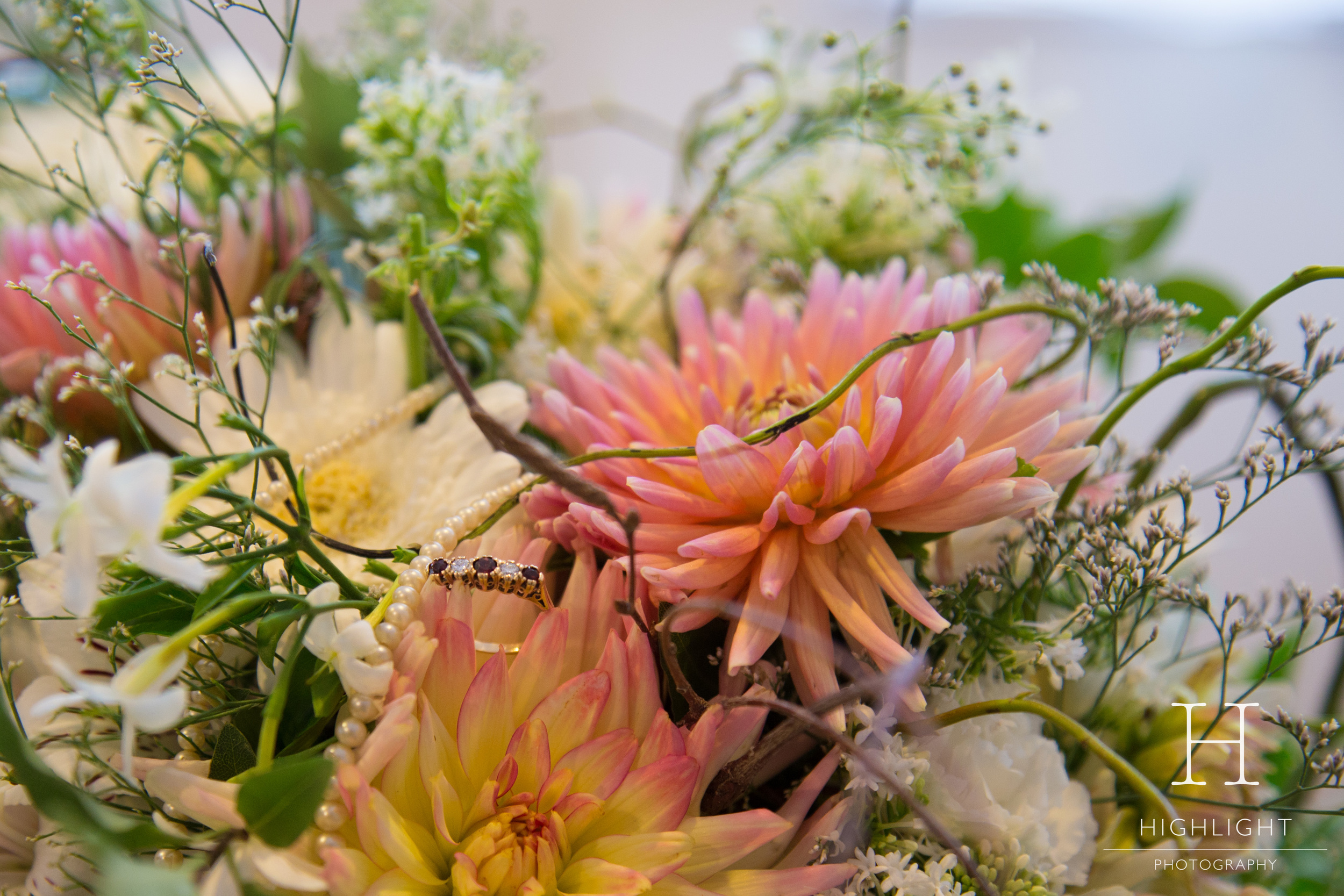 highlight_photography_wedding_new_zealand_flowers.jpg