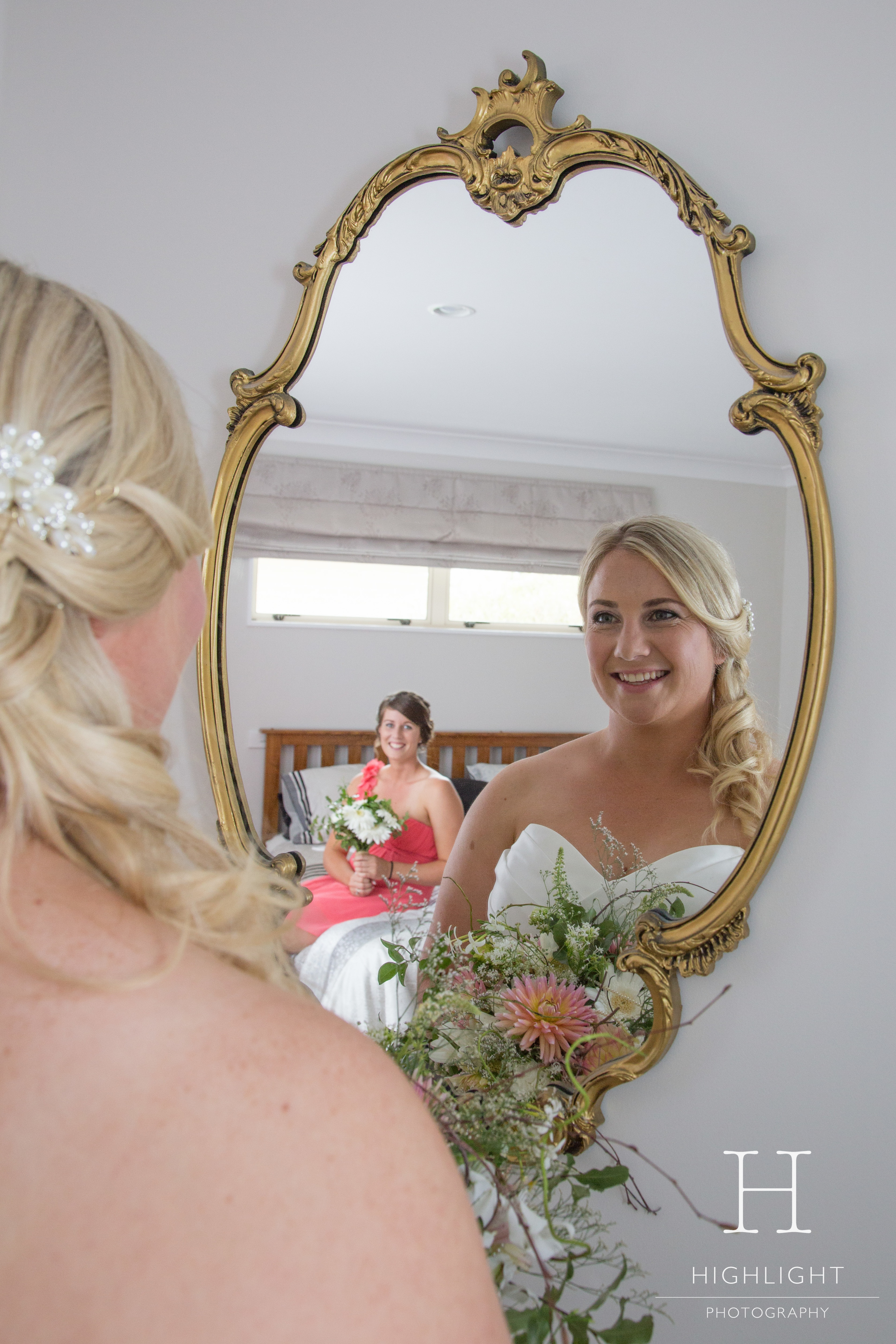highlight_photography_wedding_new_zealand_dress.jpg