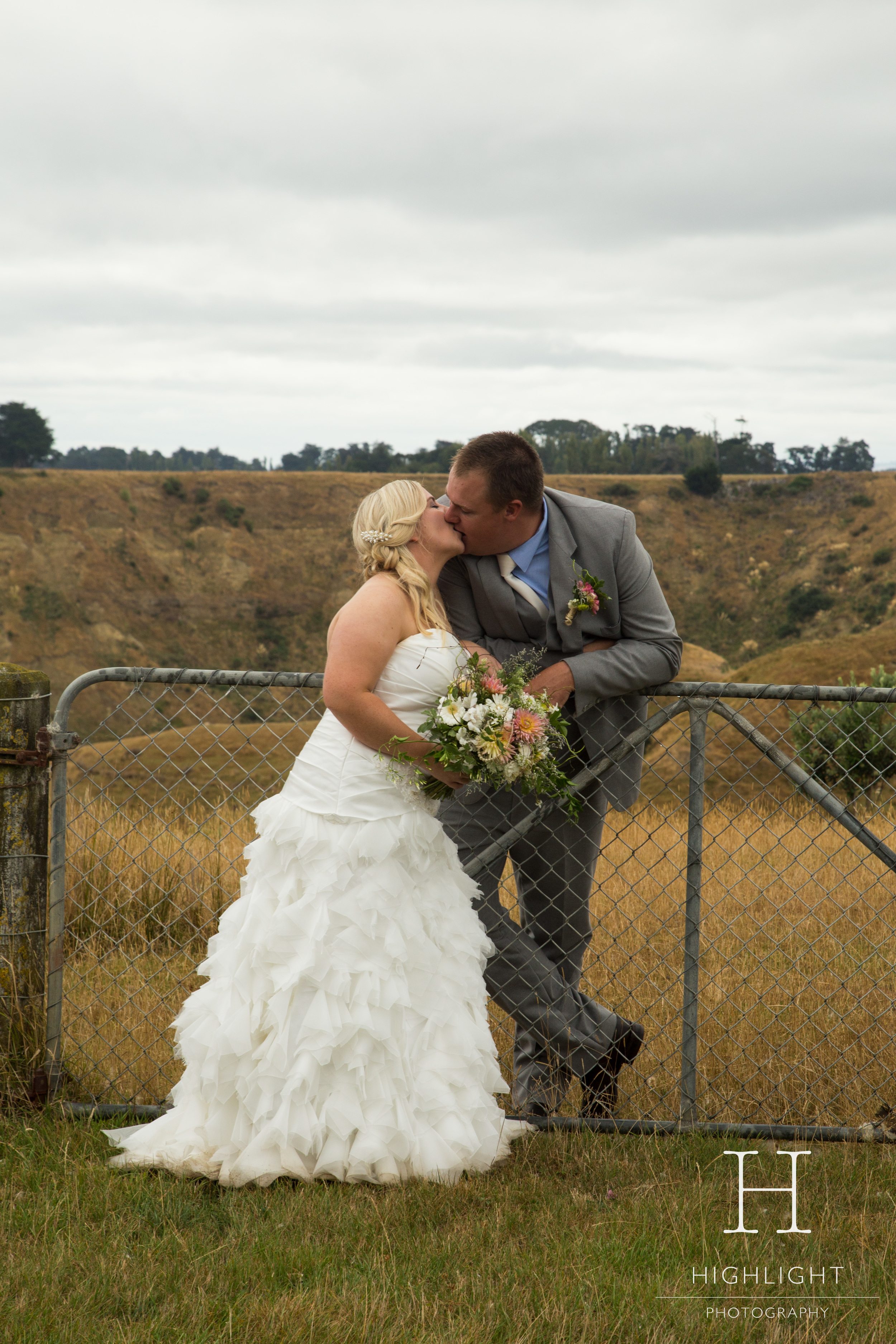 highlight_photography_wedding_new_zealand_kristibridesmaids2.jpg