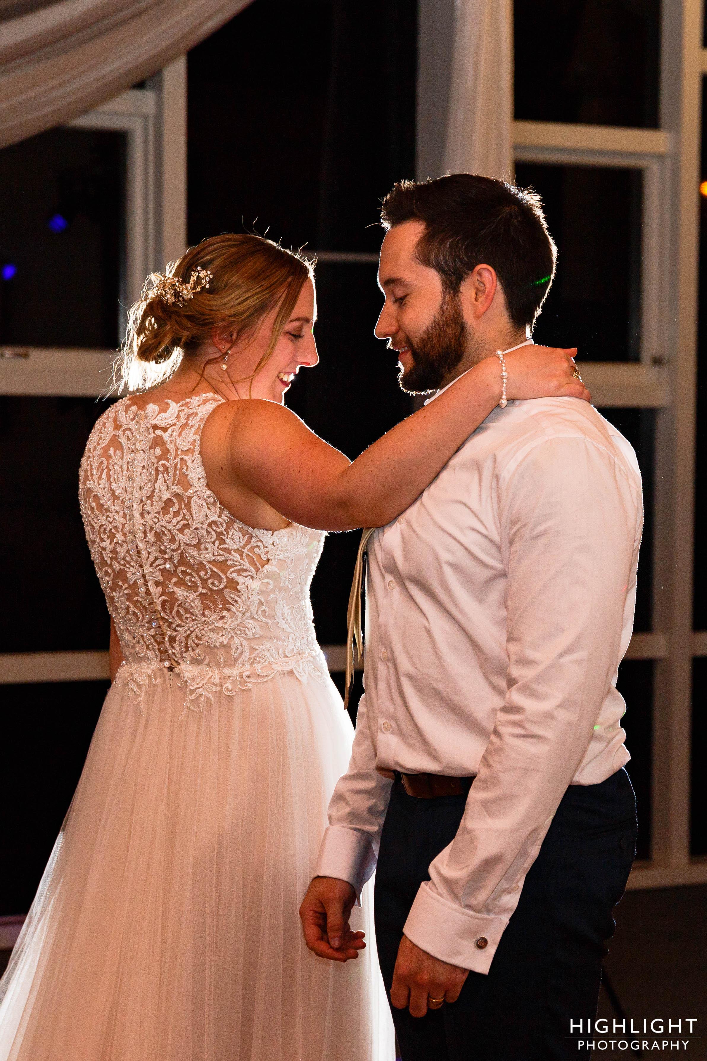 highlight-wedding-photography-palmerston-north-new-zealand-manawatu-chalet-142.jpg