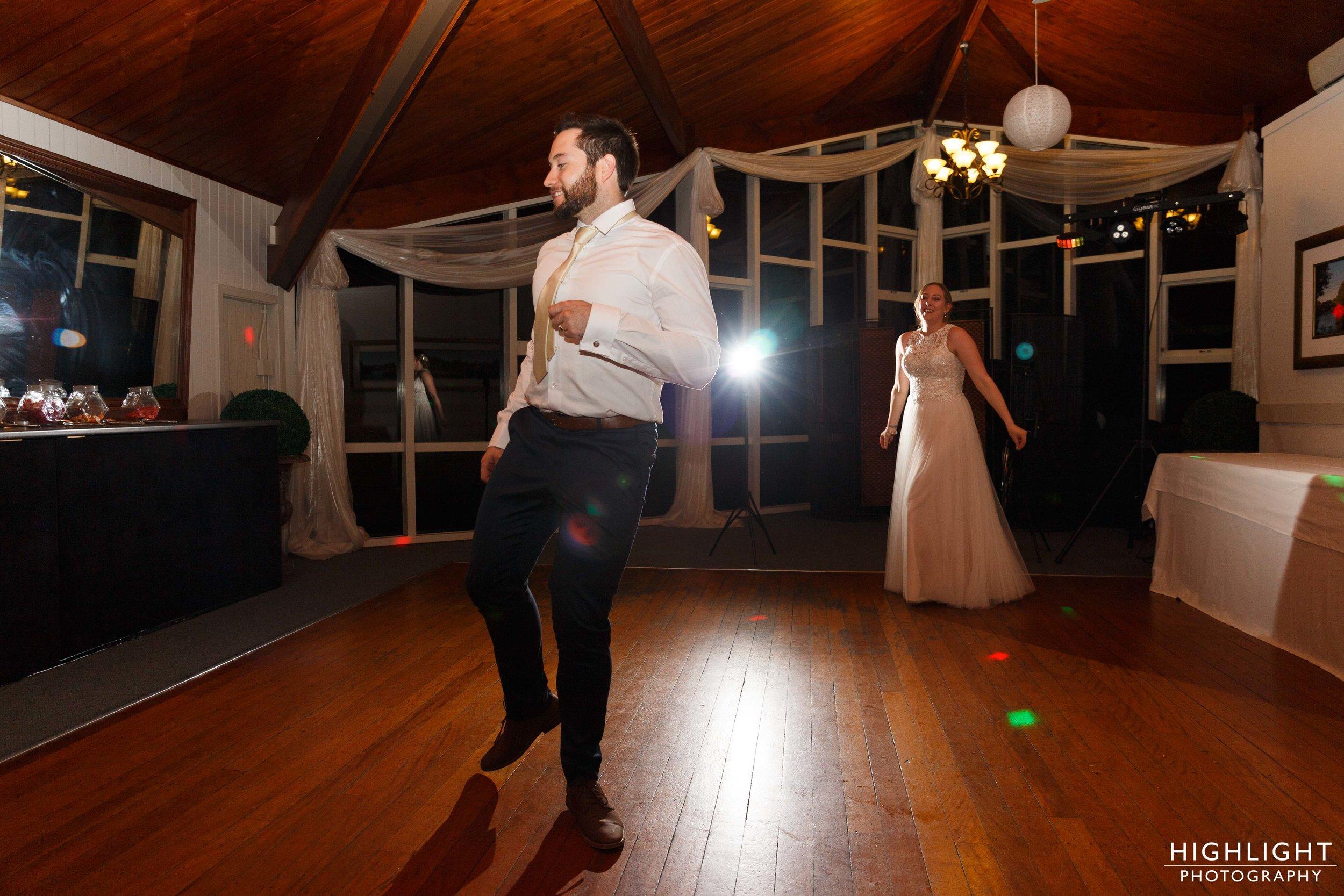 highlight-wedding-photography-palmerston-north-new-zealand-manawatu-chalet-145.jpg