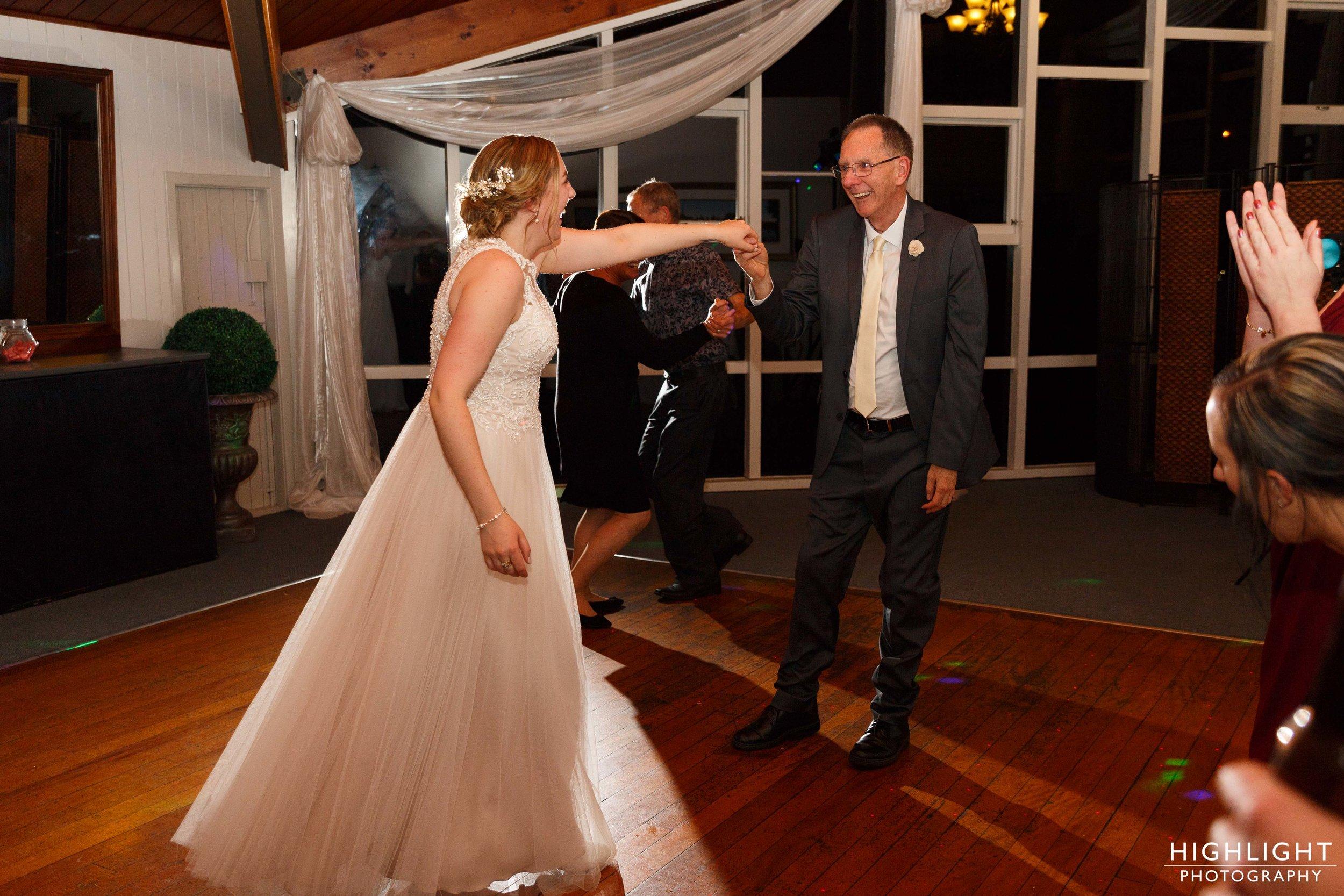highlight-wedding-photography-palmerston-north-new-zealand-manawatu-chalet-147.jpg