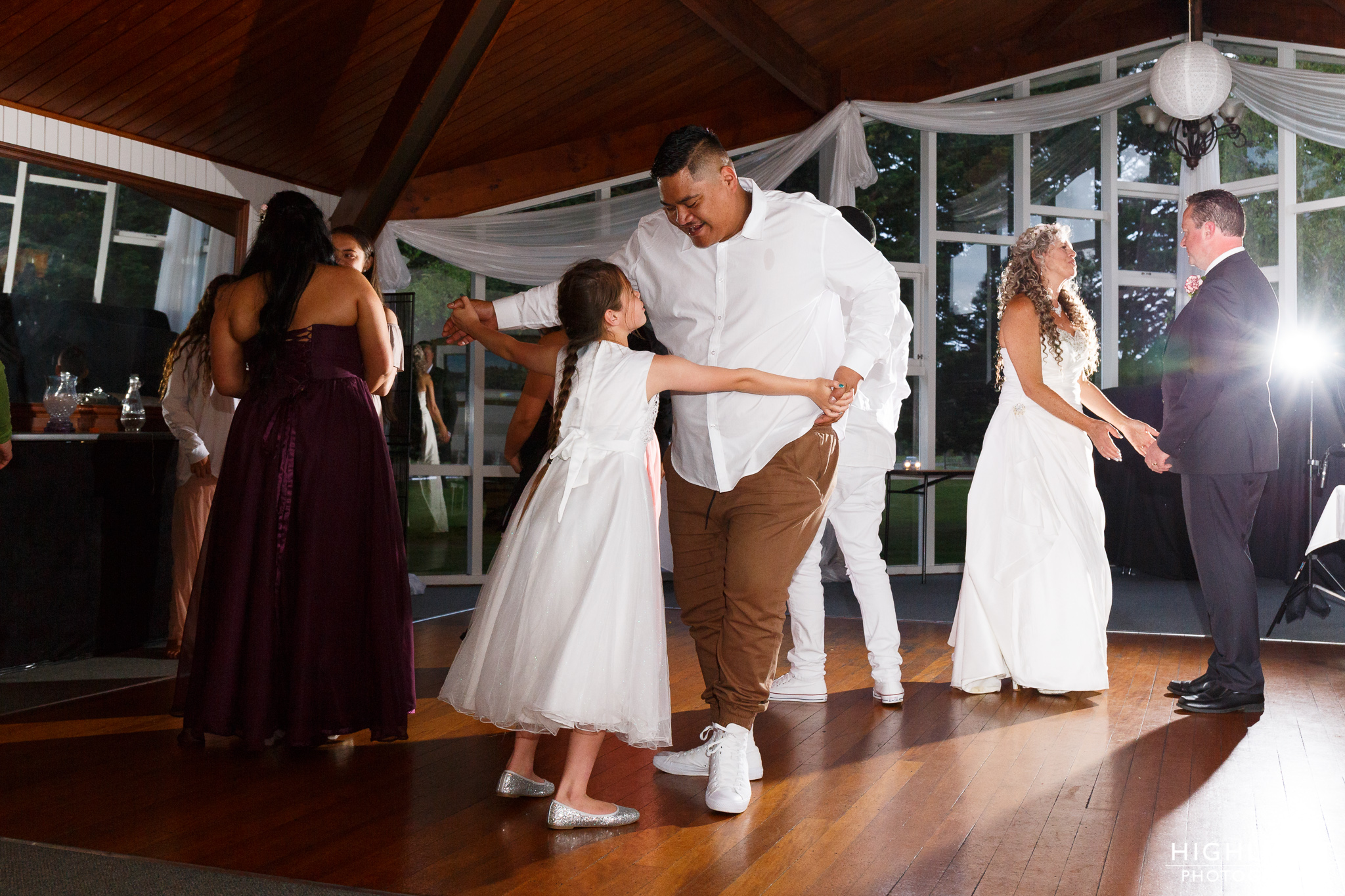 highlight_wedding_photography_palmerston_north_manawatu_chalet_wedding-124.jpg