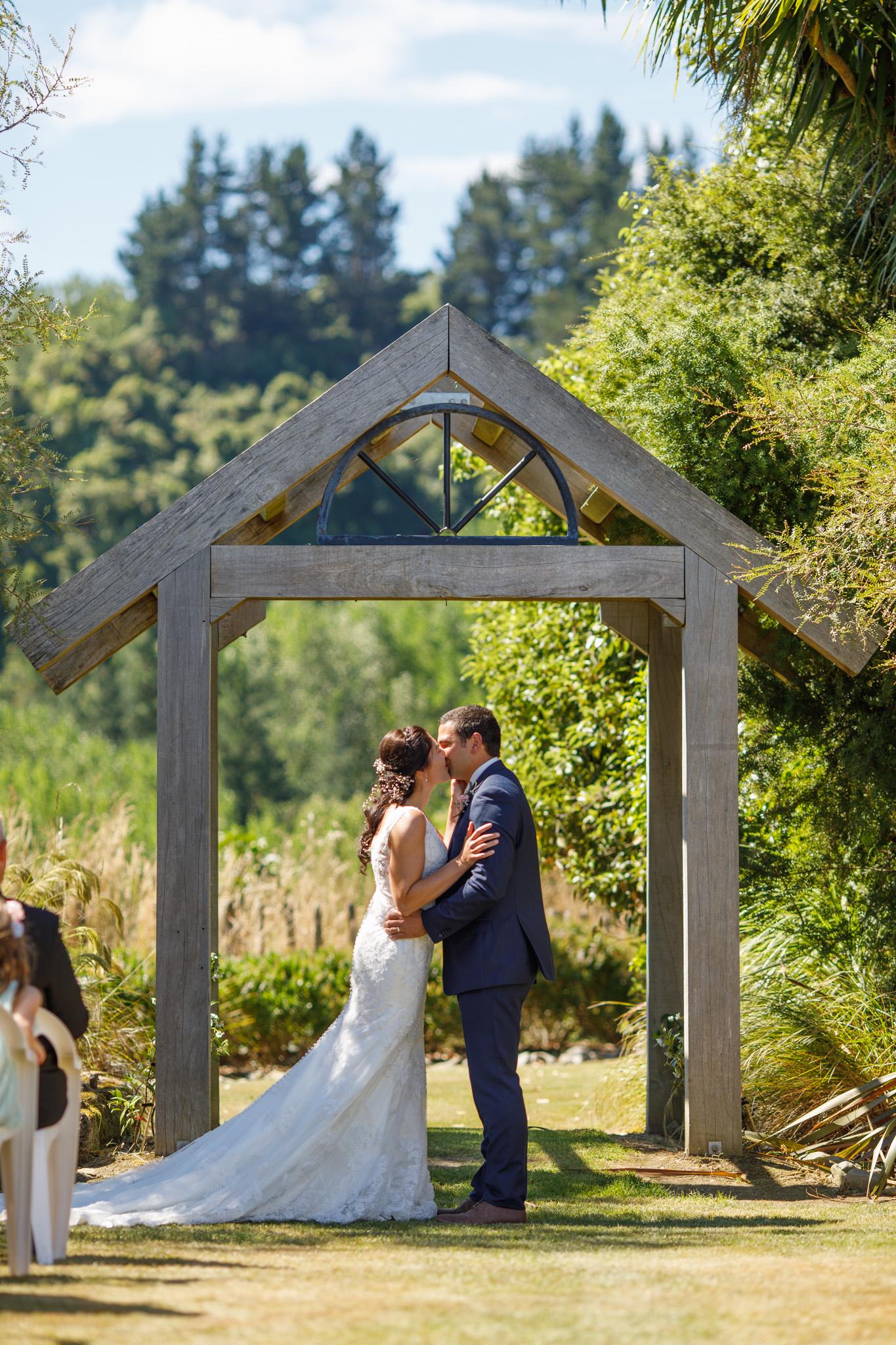 Makoura-lodge-wedding-highlight-photography-new-zealand
