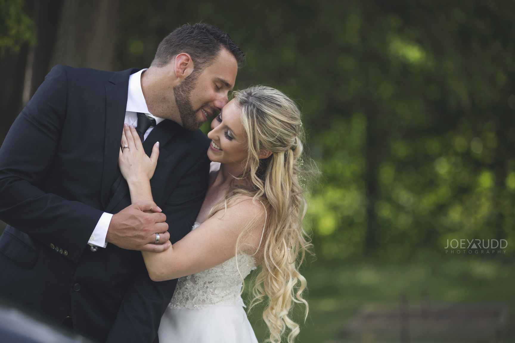 Calabogie Wedding at Barnet Park by Ottawa Wedding Photographer Joey Rudd Photography Love Idea