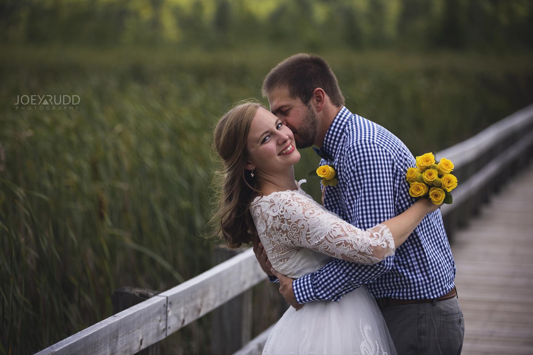 Mer Bleue Elopement Photo by Ottawa Wedding Photographer Joey Rudd Photography nature