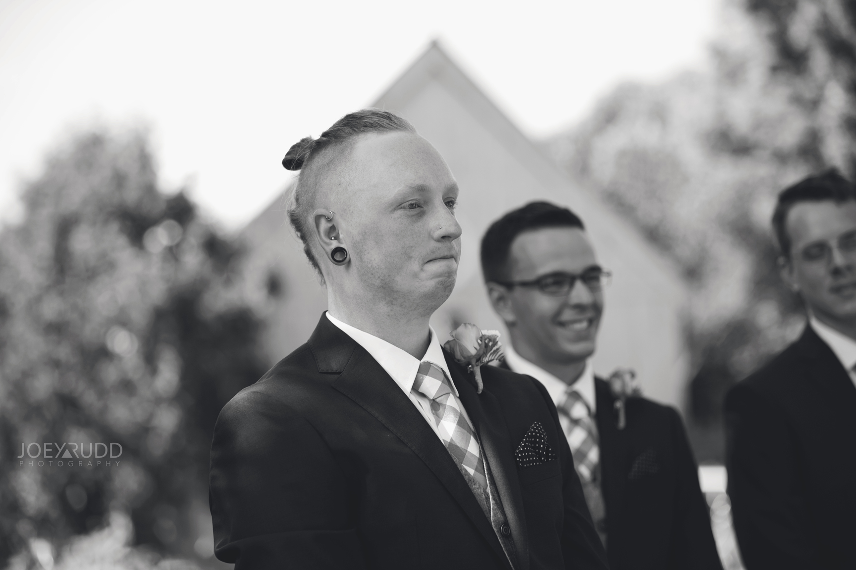 Backyard Kingston Wedding by Ottawa Wedding Photographer Joey Rudd Photography First Look