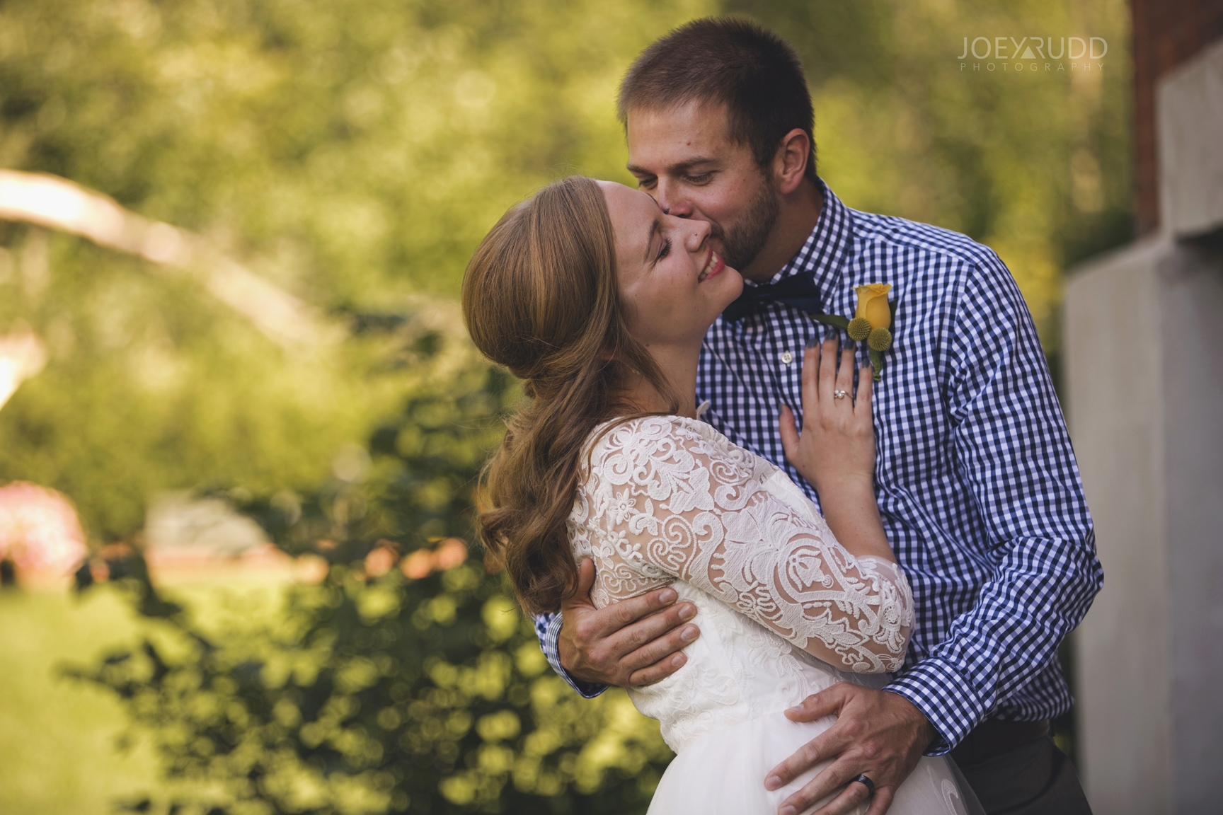 Ottawa Elopement by Joey Rudd Photography Ottawa Wedding Photographer Mer Bleue Ottawa Wedding Chapel Couple Love