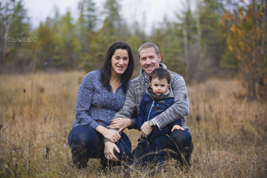 Family and Maternity Session by Ottawa Photographer Joey Rudd Photography Engagement