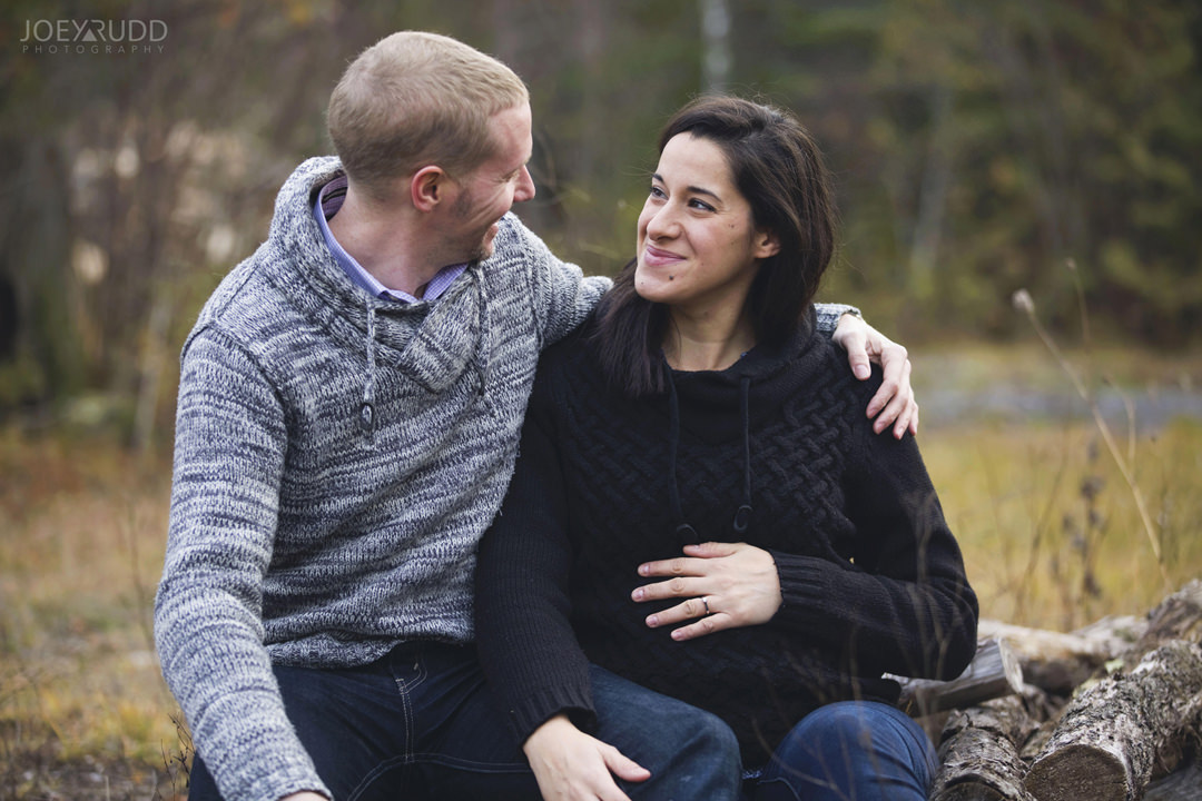 Family and Maternity Session by Ottawa Photographer Joey Rudd Photography Couple