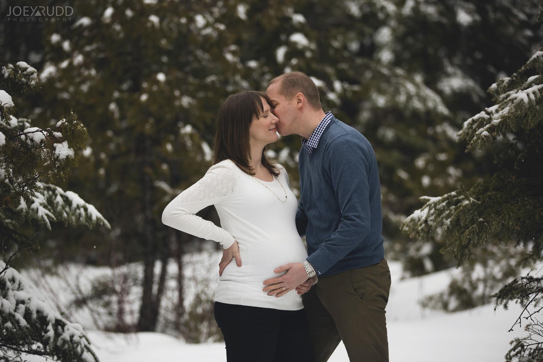 Winter Maternity Photos Carleton Place Ottawa