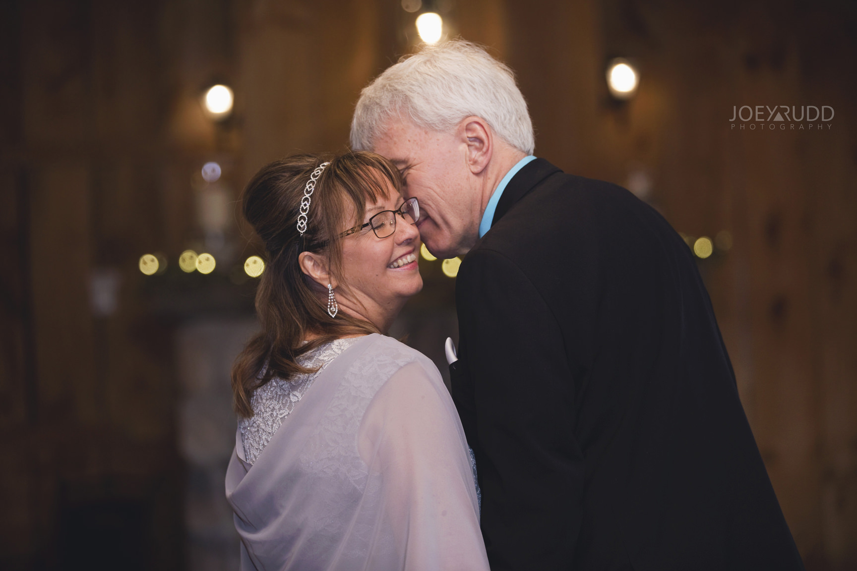 Strathmere Wedding by Ottawa Wedding Photographer Joey Rudd Photography Spring Lodge