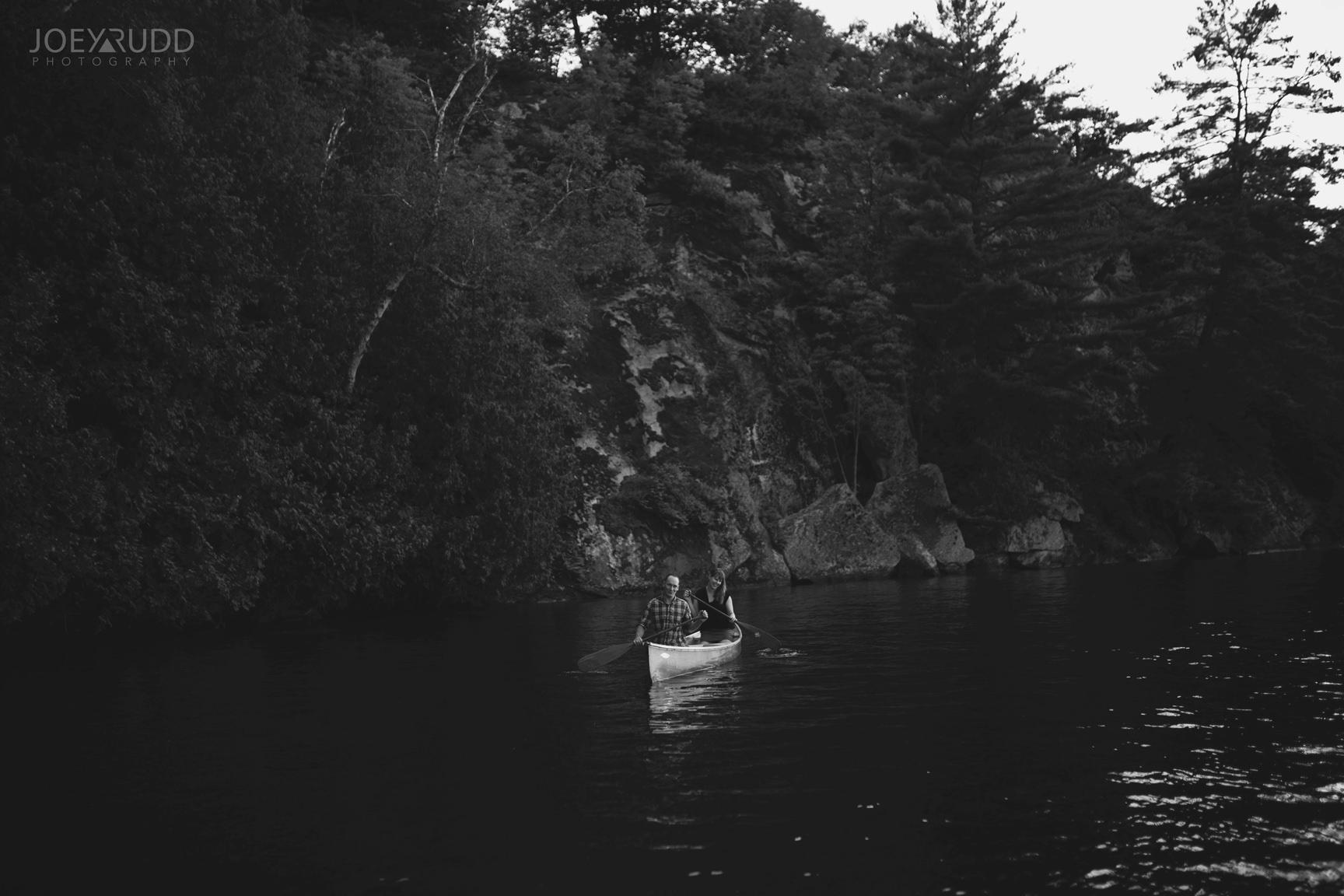 Cottage Engagement Session by Ottawa Wedding Photographer Joey Rudd Photography Canoeing