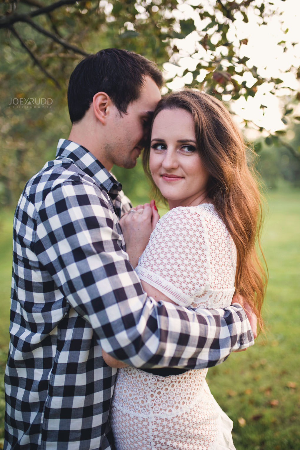 Ottawa Engagement Session at the Experimental Farm and Arboretum by Ottawa Wedding Photographer Joey Rudd Photography Best Pose