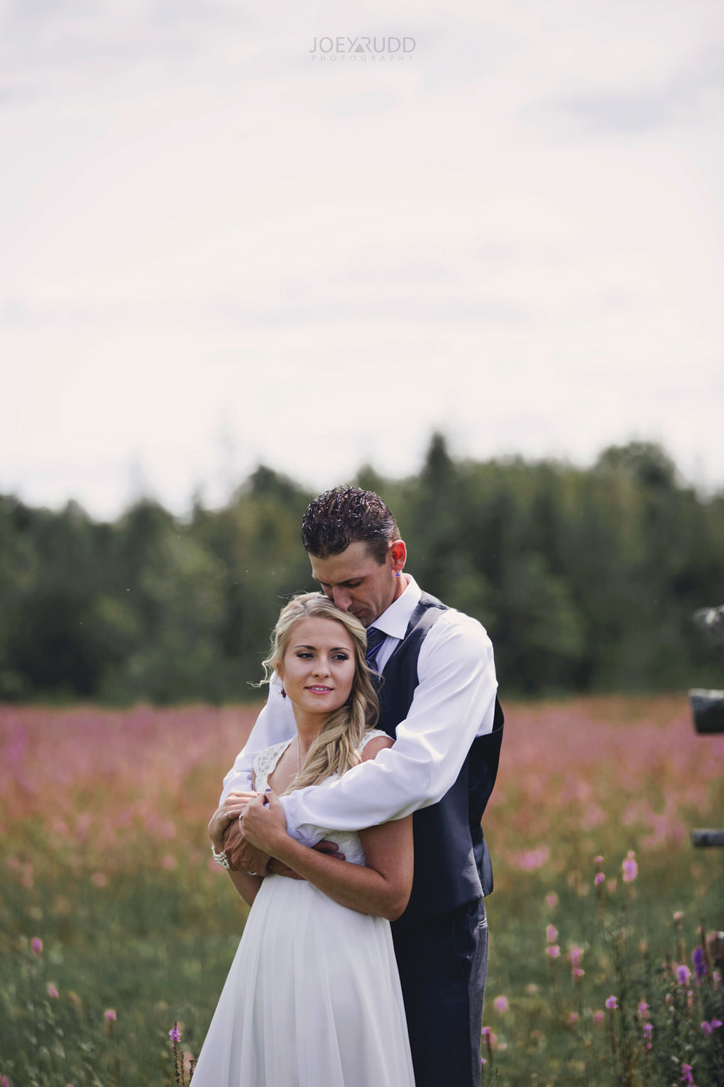 Ottawa Wedding Photography by Ottawa Wedding Photographer Joey Rudd Photography Elopement Carleton Place Smiths Falls Ontario Rustic Cute Natural