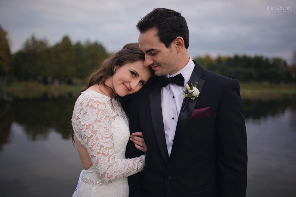 Orchard View Wedding by Ottawa Wedding Photographer Joey Rudd Photography posing