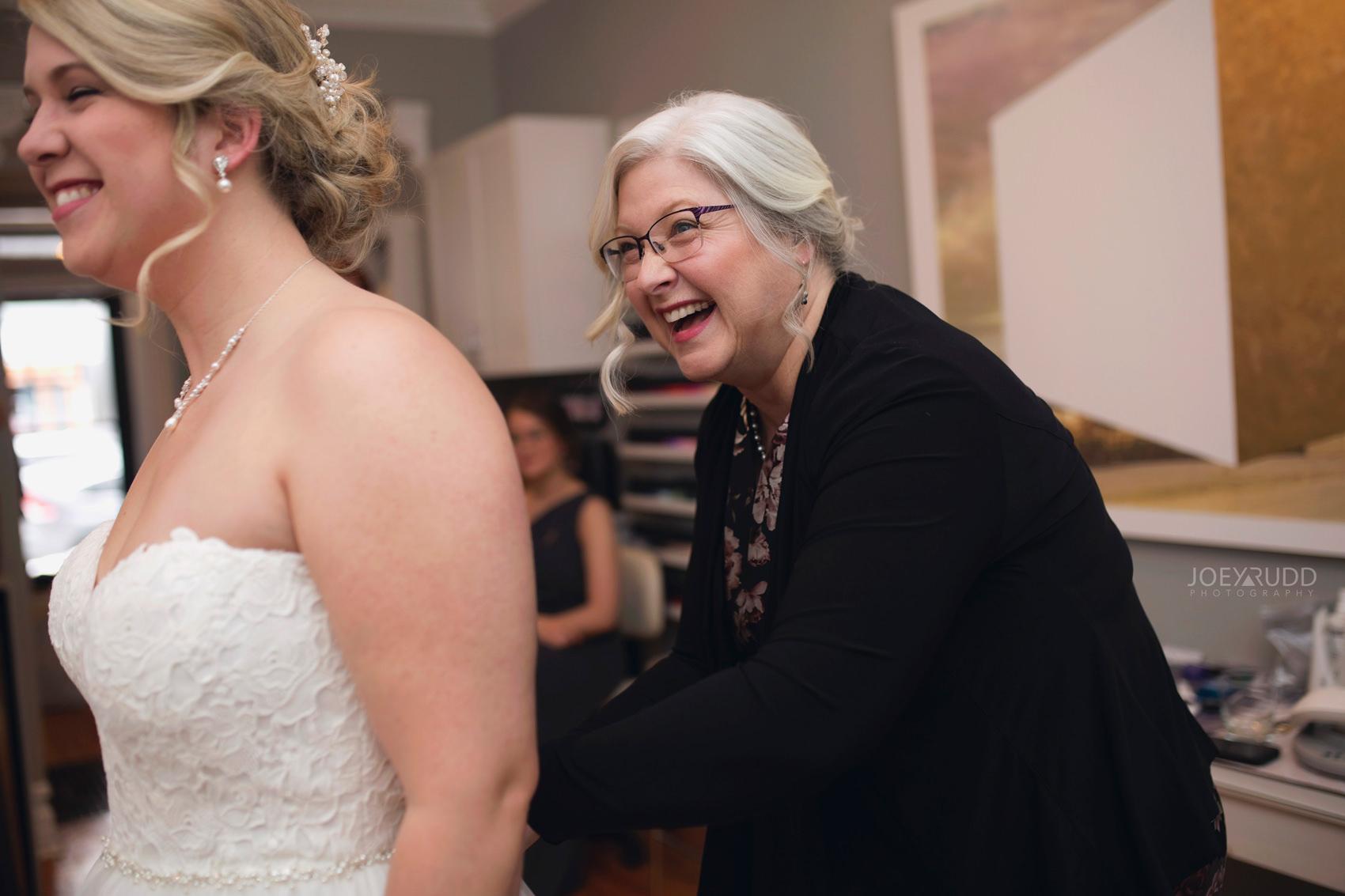 Winter Wedding in Ottawa at Greyhawk Golf Club by Ottawa Wedding Photographer Joey Rudd Photography Candid