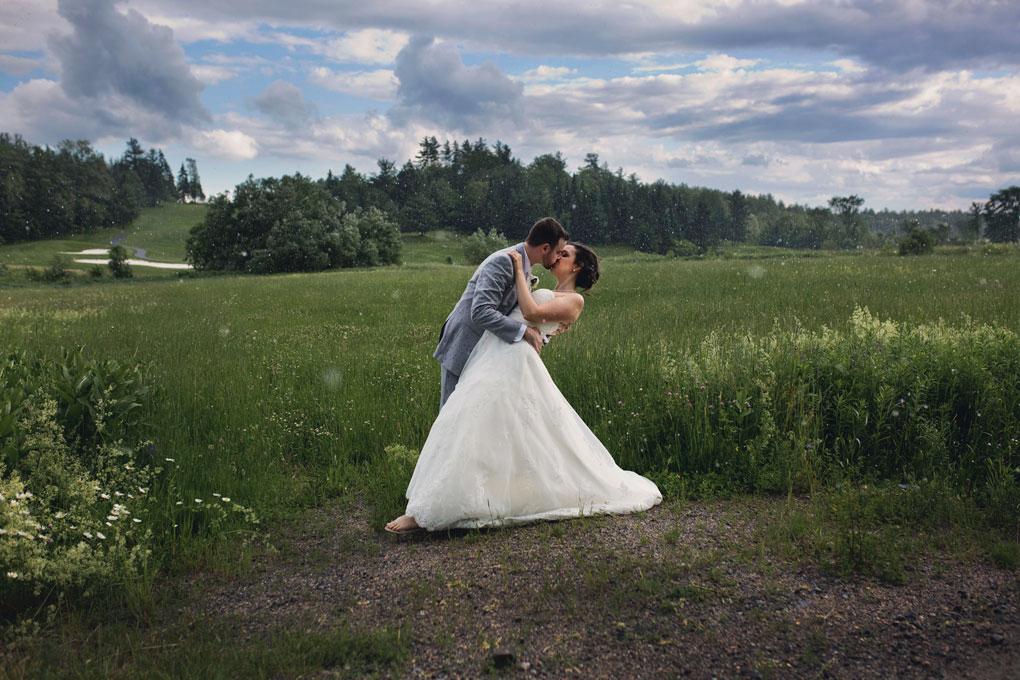 Rain, Wedding Photos, Ottawa, Ottawa Wedding, Ottawa Photographer, Ottawa Wedding Photography, Ottawa Wedding Photographer, Joey Rudd Photography, Indoor Photo Locations, Indoor Photos, Indoor Locations, Quebec