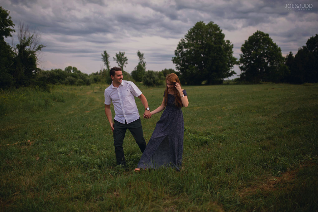 Ontario Photographer, Engagement Photos, engagement photographer, Newington photographer, ottawa photographer, ottawa wedding, ottawa wedding photography, rustic wedding, rustic engagement, farm wedding, farm wedding photos, natural posing