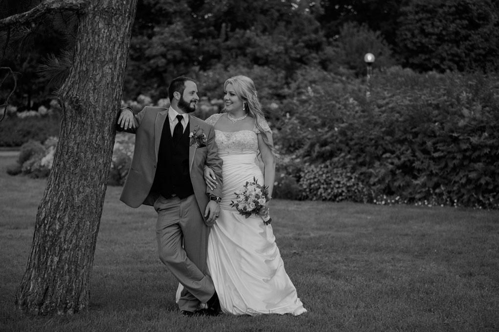Lago Bar and Grill wedding, Ottawa Wedding, Ottawa, Lago, Wedding Photographer, Lago Wedding, Ottawa Wedding Photogrpaher, Ottawa Wedding photography, indoor wedding reception, wedding venue, Ottawa wedding venue, bride and groom