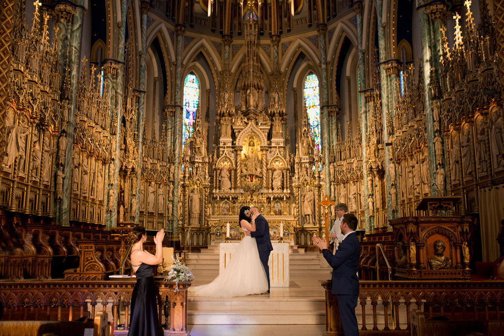 Ottawa winter wedding, ottawa wedding photography, ottawa wedding photographer, winter wedding ontario, wedding photos in snow, ceremony, notre dame cathedral, notre dame basilica