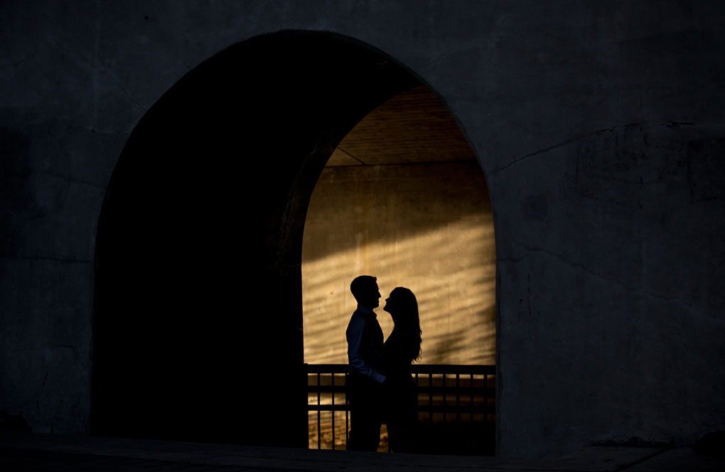 Ottawa Engagement Photos, Engaged, Wedding Planning, Wedding Venues, Photo Locations, Joey Rudd Photography, Covered photo locaitons in ottawa, silhouette