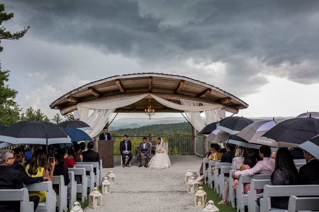 Rainy Photo Locations, Ottawa wedding rain options