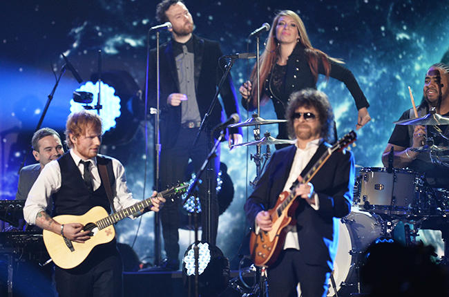 Tyra singing with Jeff Lynne, ELO and Ed Sheeran at the 57th Grammy Awards