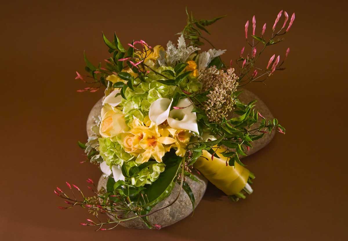 4/12  Wedding bouquet #4 - $250